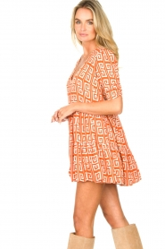 Genesis |  Dress with graphic print Kelly | orange  | Picture 5