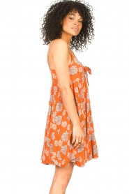 Genesis |  Dress with floral print Julia | red  | Picture 5