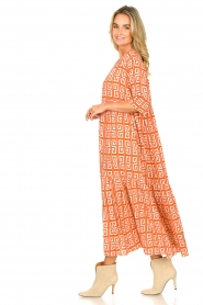 Genesis :  Maxi dress with graphic print Luih | red - img6