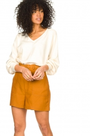 JC Sophie |  Cotton top with puff sleeves Gitana | natural  | Picture 2