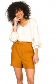 JC Sophie    Cotton top with puff sleeves Gitana   natural    Picture 4