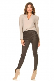 Dante 6 |  Top with v-neck Avedon | beige  | Picture 3