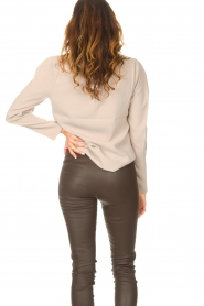 Dante 6 |  Top with v-neck Avedon | beige  | Picture 7