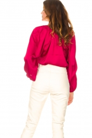 Dante 6 |  Blouse with v-neck Sue | pink  | Picture 6