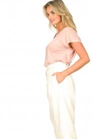 Blaumax |  Linen v-necked T-shirt Fine | pink  | Picture 5
