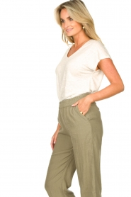 Blaumax |  Linen v-necked T-shirt Fine | natural  | Picture 6