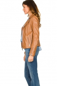 STUDIO AR BY ARMA |  Leather biker jacket with zip details Cherry | camel  | Picture 5
