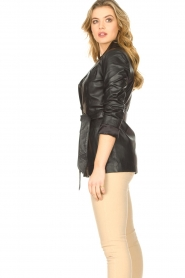 STUDIO AR BY ARMA |  Leather blazer with belt Nora | black  | Picture 6