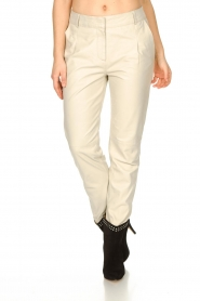 STUDIO AR BY ARMA |  Leather chino pants Nessa | natural  | Picture 6