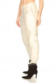 STUDIO AR BY ARMA |  Leather chino pants Nessa | natural  | Picture 8