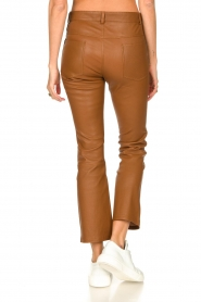 STUDIO AR BY ARMA |  Stretch leather kick flare pants Eva | camel  | Picture 7