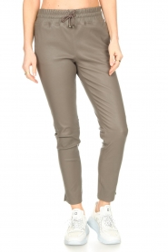 STUDIO AR BY ARMA    Lamb leather stretch jogger Naomi   grey    Picture 5