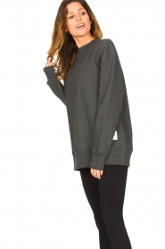 Lune Active |  Sweater Kylie | black  | Picture 4