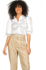 Notes Du Nord |  Strech blouse with puff sleeves Kira | white  | Picture 4