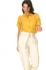 Aaiko |  Blouse with puff sleeves Pien | yellow  | Picture 2