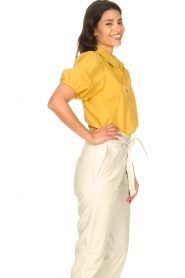 Aaiko |  Blouse with puff sleeves Pien | yellow  | Picture 6