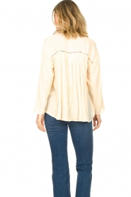 Louizon |  Crêpe blouse Shaey | natural  | Picture 8