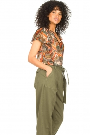 Louizon :  Top with print Jakarta | green  - img6