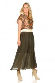Louizon |  Maxi skirt with crêpe effect Baffau | green  | Picture 3