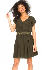 Louizon |  Crêpe dress Bouza | green  | Picture 2