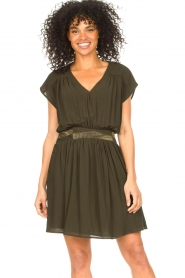 Louizon |  Crêpe dress Bouza | green  | Picture 4