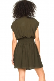 Louizon |  Crêpe dress Bouza | green  | Picture 7
