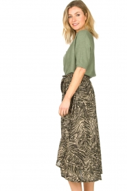 Louizon |  Leaf printed midi skirt Zilio | green  | Picture 5