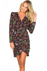 Kocca |  Draped dress with puff sleeves Zanta | black  | Picture 5