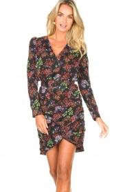Kocca |  Draped dress with puff sleeves Zanta | black  | Picture 4