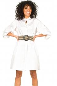 Kocca |  Cotton blouse dress with waistbelt Tanushri | white  | Picture 5