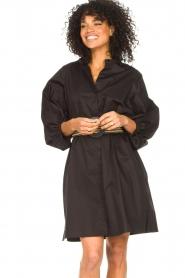 Kocca |  Cotton blouse dress with waistbelt Tanushri | black  | Picture 6