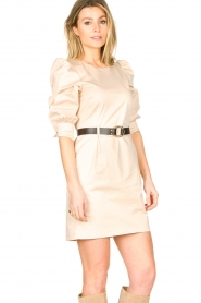 Kocca |  Dress with belt Amir | beige  | Picture 5