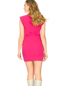 Kocca |  Drapped dress with shoulder pads Rajani | pink  | Picture 7