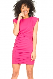 Kocca |  Drapped dress with shoulder pads Rajani | pink  | Picture 4