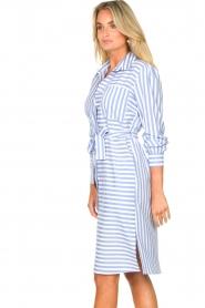 Kocca |  Striped midi dress Kimoni | blue  | Picture 7