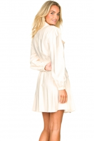 Kocca |  Dress with puff sleeves Chanya | white  | Picture 6