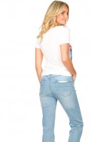 Fracomina | T-shirt met opdruk Frace | wit  | Afbeelding 5