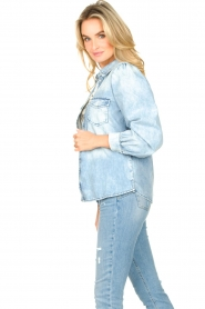 Dante 6 |  Denim blouse with puff sleeves Percey | blauw  | Picture 4