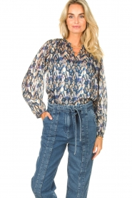 Dante 6 |  Button-up blouse with aztec print Melody | blauw  | Picture 2