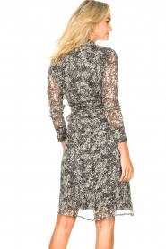 Freebird |  Printed midi wrap dress Isaya | black  | Picture 6