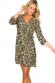 Freebird    Paisley printed wrap dress Odette   black    Picture 5