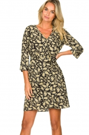 Freebird    Paisley printed wrap dress Odette   black    Picture 4