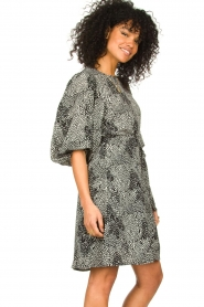 Freebird |  Dotted dress with puff sleeves Anou | black  | Picture 4
