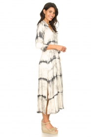 Rabens Saloner :  Wrap dress with tie dye print Sandy | natural - img4