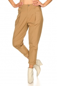 Rabens Saloner |  Loose trousers Raina | beige  | Picture 6