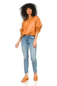 Ibana    Leather top with puff sleeves Tanja   cognac    Picture 3