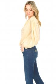 Antik Batik |  Cotton blouse with puff sleeves Olga | beige  | Picture 6