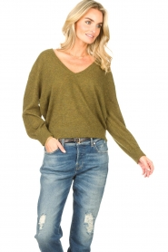 American Vintage    Basic sweater with V-necked Kybird   green    Picture 5