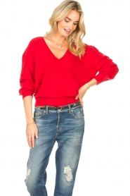 American Vintage |  Basic sweater with V-necked Kybird | red  | Picture 5