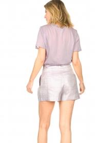 IRO |  Linen short with pleats Lafa | purple  | Picture 6